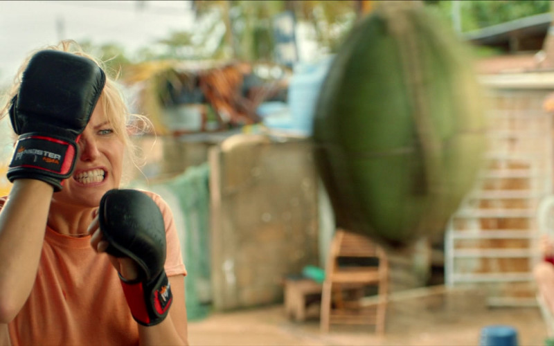 Meister MMA Training Gloves of Malin Åkerman as Anna in Chick Fight Movie (1)