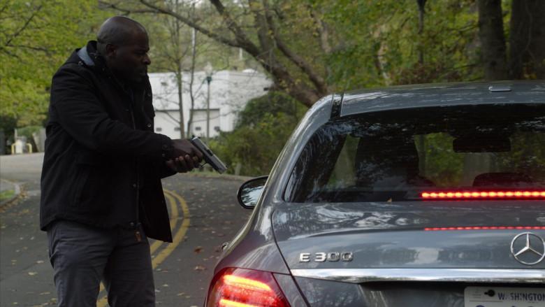 Mercedes-Benz E-Class (E300) Car in The Blacklist S08E02 (3)