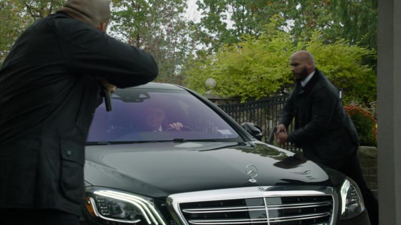 Mercedes-Benz S560 4Matic Black Car in The Blacklist S08E02 (3)