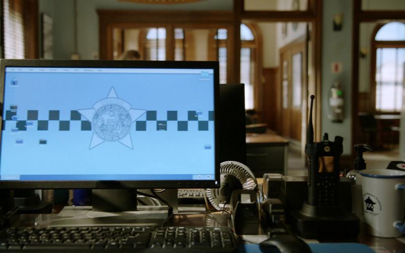Motorola Radio in Chicago P.D. S08E01 Fighting Ghosts (2020)