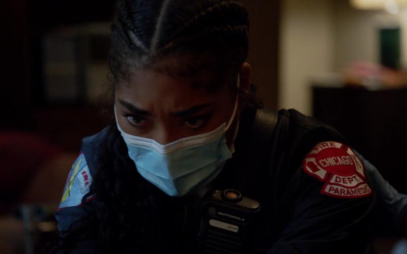 Motorola Radio of Adriyan Rae as Paramedic Gianna Mackey in Chicago Fire S09E01 Rattle Second City (2020)