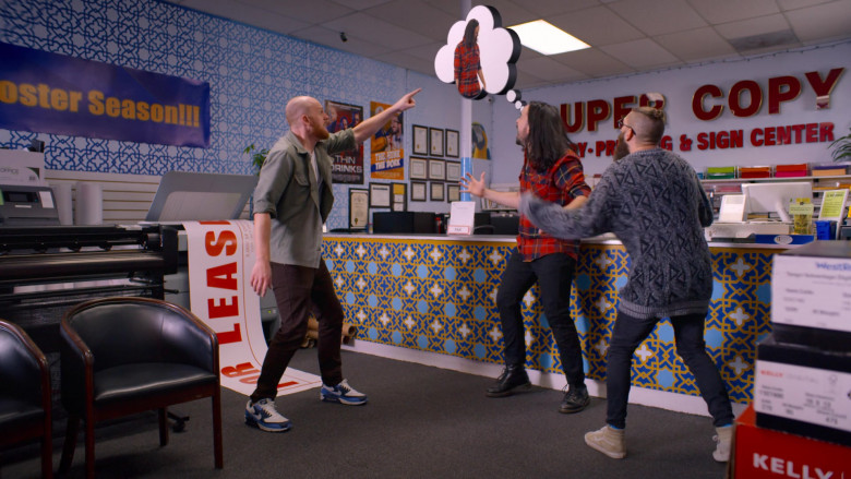 Nike Air Max 90 Sneakers of Broden Kelly in Aunty Donna's Big Ol' House of Fun S01E01 by Netflix (2)