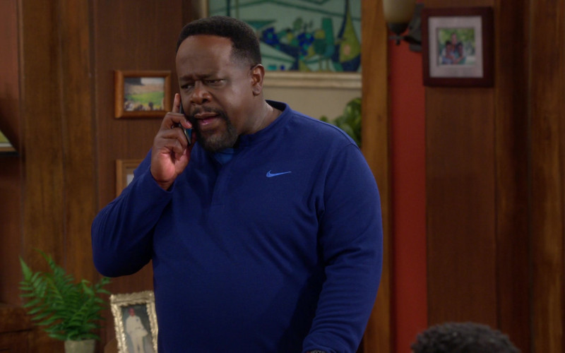 Nike Blue Long Sleeve Top Outfit of Cedric the Entertainer as Calvin in The Neighborhood S03E01 TV Show
