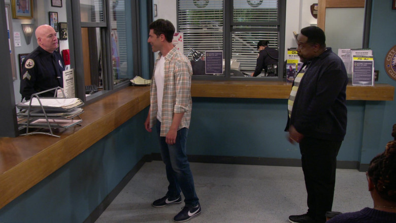 Nike Cortez Sneakers of Max Greenfield as Dave in The Neighborhood S03E01 TV Series (1)