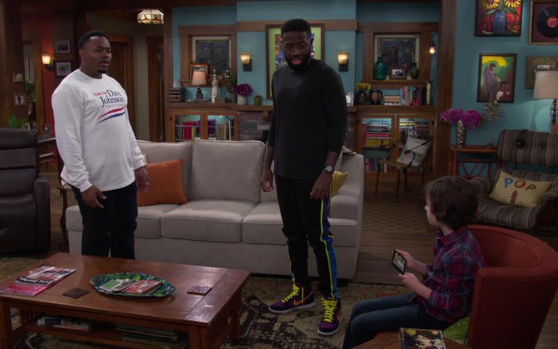 Nike Jordan 1 Colored High Top Sneakers of Sheaun McKinney as Malcolm in The Neighborhood S03E02