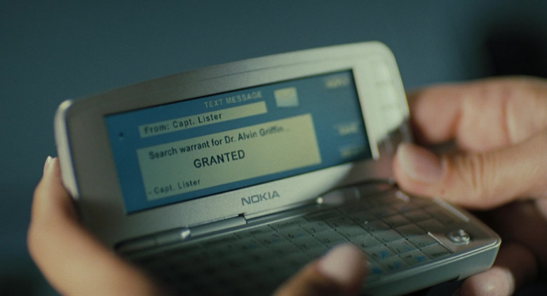 Nokia 9300 Symbian Mobile Phone in Mr. Brooks (2007)
