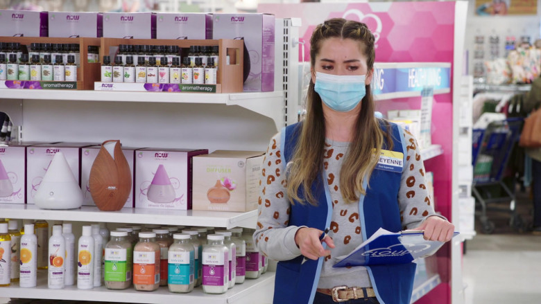 Now Essential Oil Diffusers and Aromatherapy in Superstore S06E04