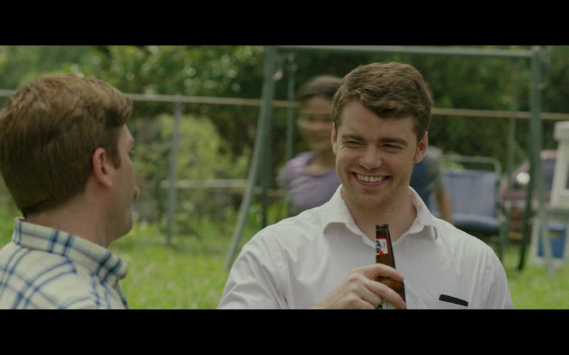 Pabst Blue Ribbon Beer Enjoyed by Gabriel Basso as J.D. Vance in Hillbilly Elegy (2020)