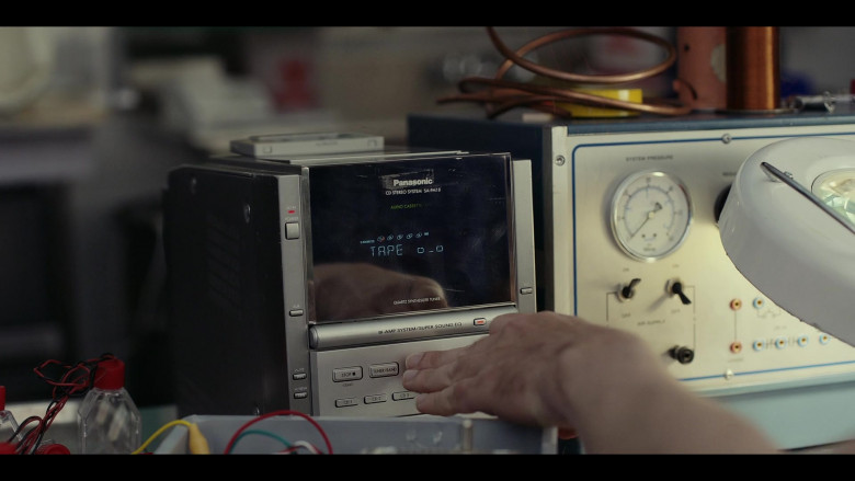 Panasonic CD Stereo System SA-PM18 in Moonbase 8 S01E02 Rats (2020)