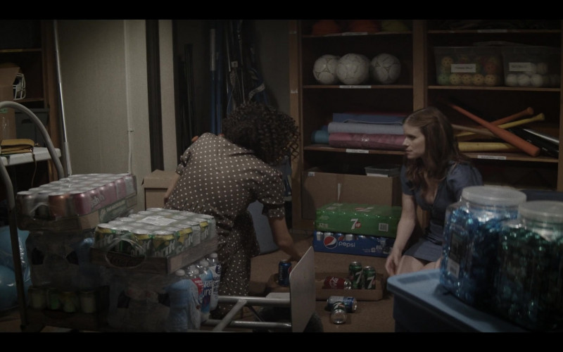 Pepsi, 7UP, Sprite and Coca-Cola Soda Drinks in A Teacher S01E03 (2020)