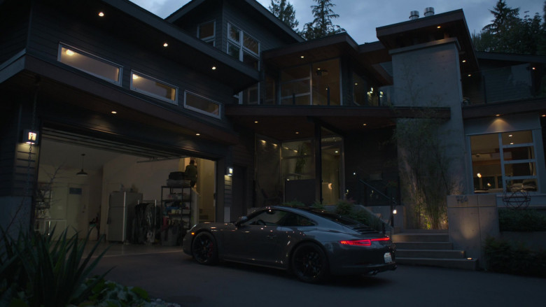Porsche 911 Car of Hill Harper as Dr. Marcus Andrews in The Good Doctor S04E02 TV Show (2)