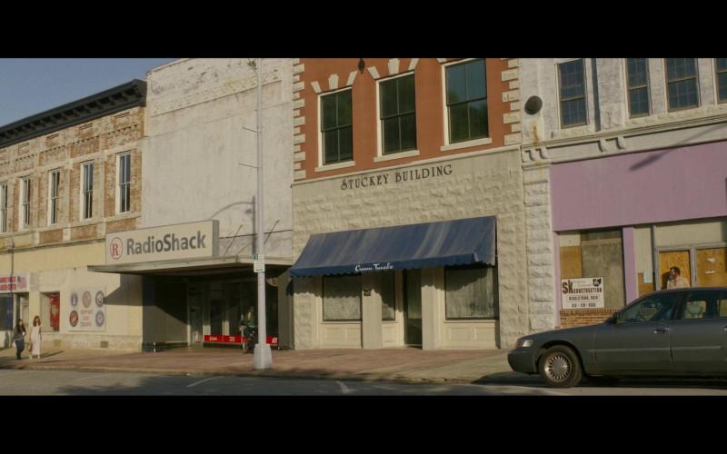 RadioShack Store in Hillbilly Elegy (2020)