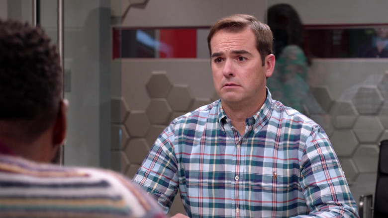 Ralph Lauren Plaid Checkered Shirt of Jeff Meacham as Josh Oppenhol in Black-ish S07E03 TV Show (2)