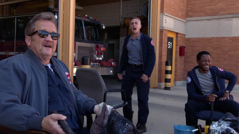 Ray-Ban Sunglasses of Christian Stolte as Senior Firefighter Randall 'Mouch' McHolland in Chicago Fire S09E01 (2)