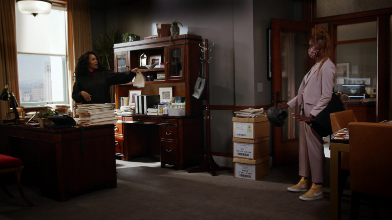 Ryan Michelle Bathe as Rachel Wears Nike Blazer Women's Mid Sneakers in Yellow in All Rise S02E01 TV Show