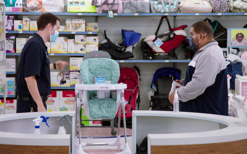 Safety 1st Baby High Chair in Superstore S06E04