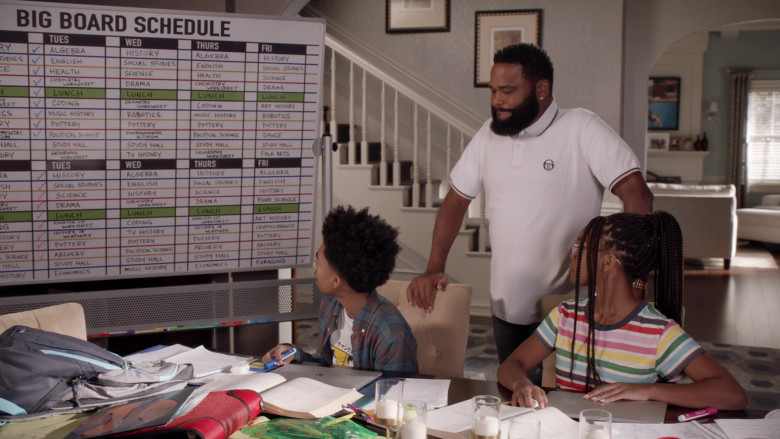 Sergio Tacchini White Polo Shirt Outfit of Anthony Anderson as Andre 'Dre' Johnson in Black-ish S07E04 (1)
