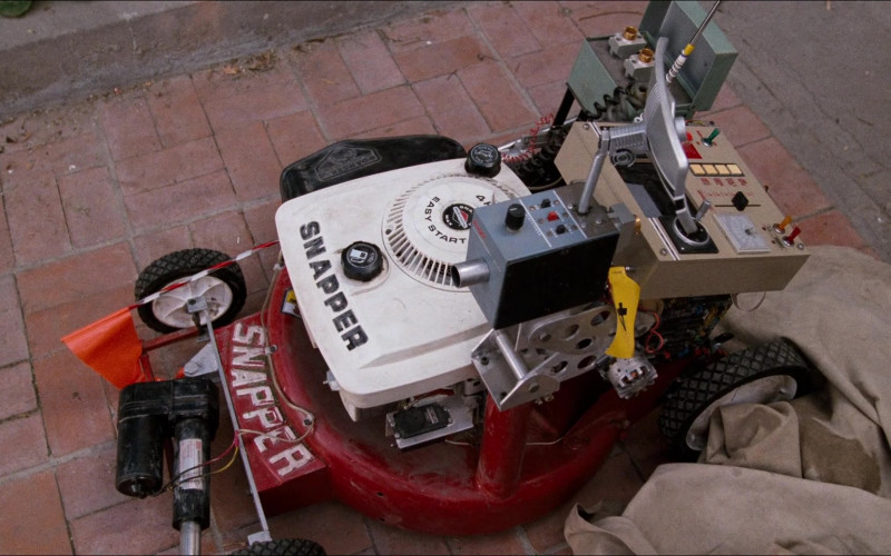 Snapper Mower Used by Robert Oliveri as Nick Szalinski in Honey, I Shrunk the Kids (1)