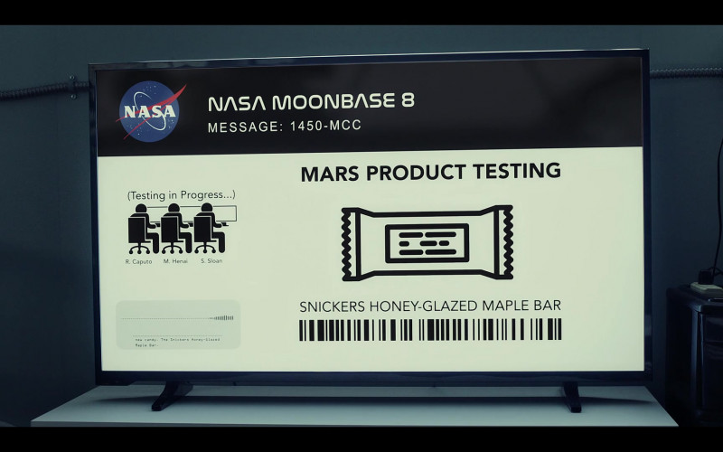 Snickers Honey-Glazed Maple Bar in Moonbase 8 S01E04 TV Show (1)