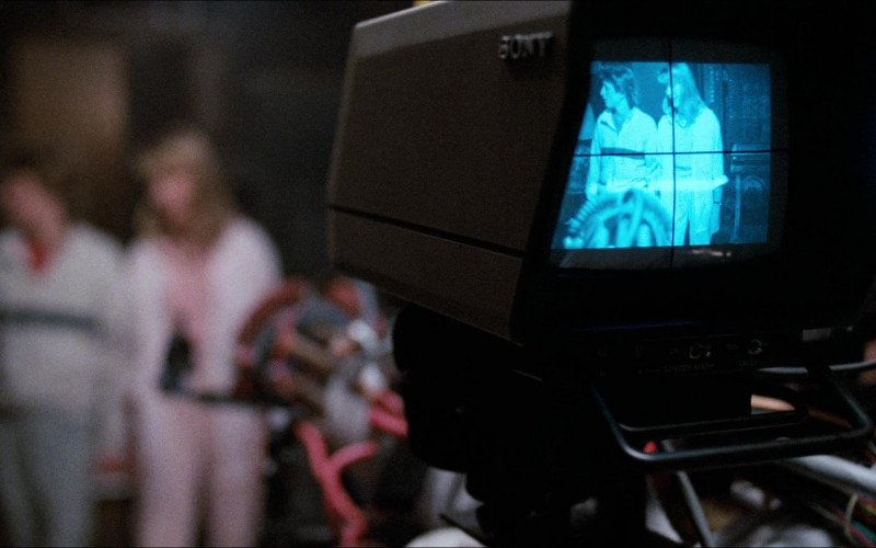 Sony Camera in Honey, I Shrunk the Kids (1989)