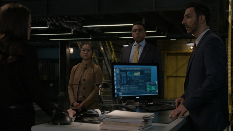 Sony Computer Monitor in The Blacklist S08E01 Roanoke 2020 (1)
