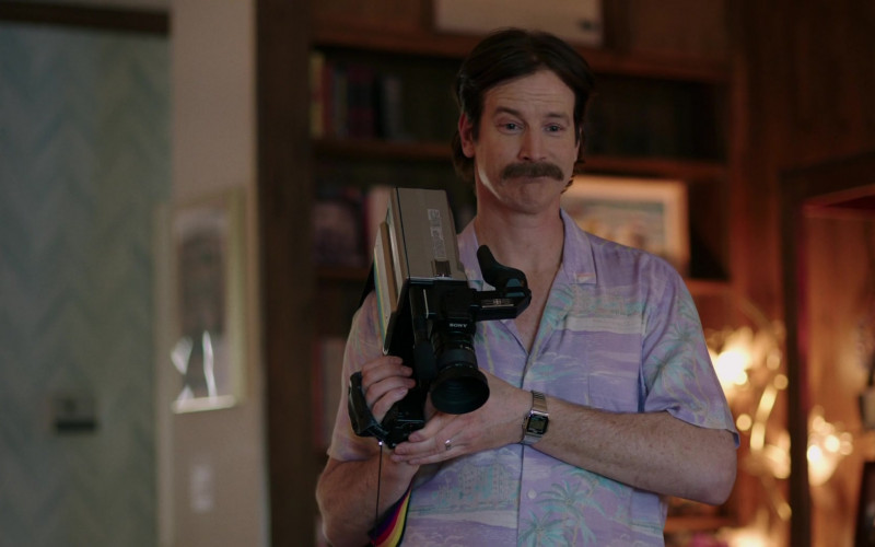 Sony Video Camera of Rob Huebel as Steve Richman in Valley Girl (2020)