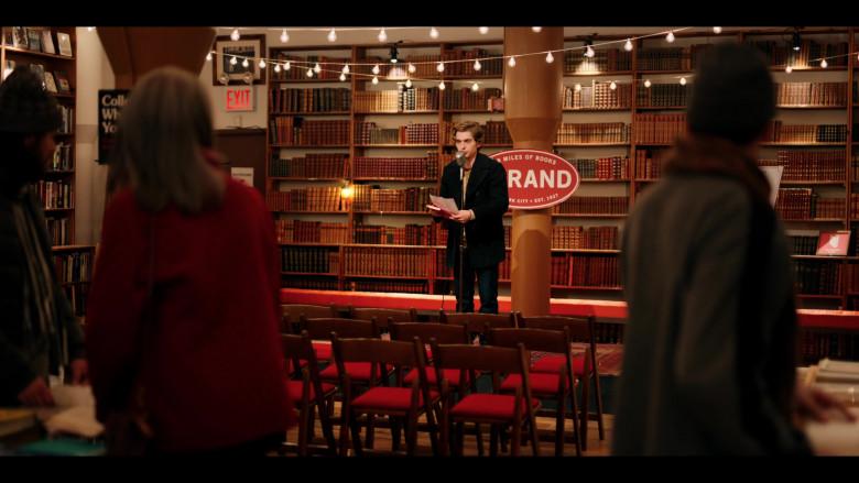 Strand Book Store in Dash & Lily S01E01 (5)