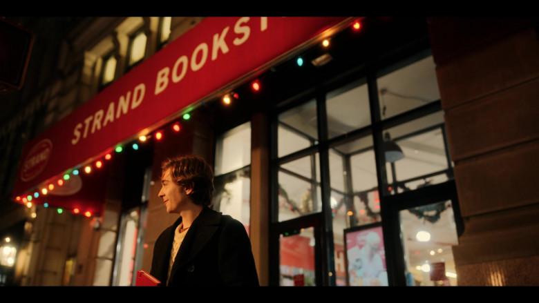Strand Book Store in Dash & Lily S01E01 (7)