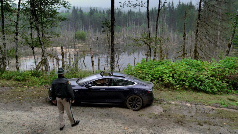 Tesla Model S Black Car of Terry Chen as Mitchell Banks in Big Sky S01E01 TV Show (5)