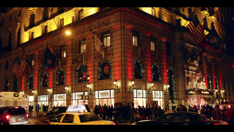 The Peninsula Hotel and Wempe Store in Dash & Lily S01E06 Christmas Eve (2020)