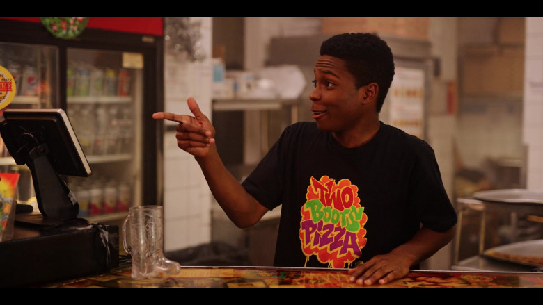 Two Boots Pizza T-Shirt of Dante Brown as Boomer in Dash & Lily S01E03 TV Show (3)