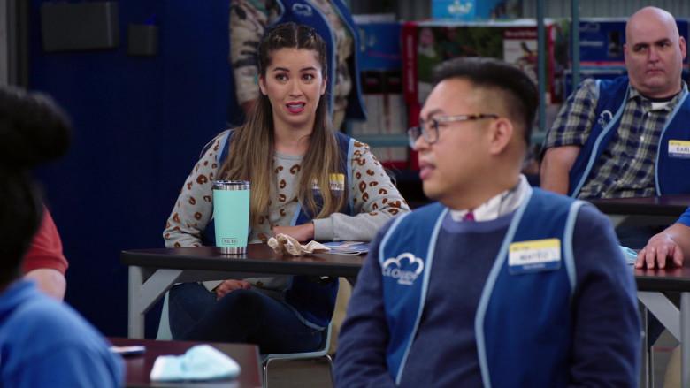 YETI Rambler 20 oz Tumbler With MagSlider Lid of Nichole Sakura as Cheyenne in Superstore S06E04