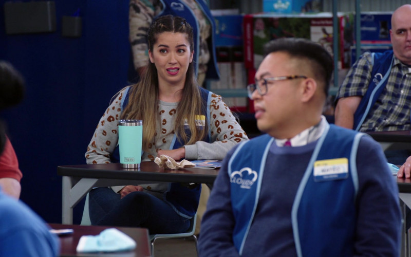 YETI Rambler 20 oz Tumbler With MagSlider Lid of Nichole Sakura as Cheyenne in Superstore S06E04