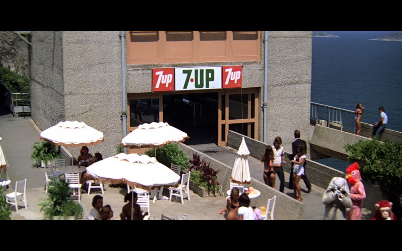 7UP Soda Signs in Moonraker (1979)
