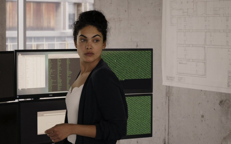 AOC Monitors Used by Suraya Rose Santos in Professionals S01E03 TV Show (1)