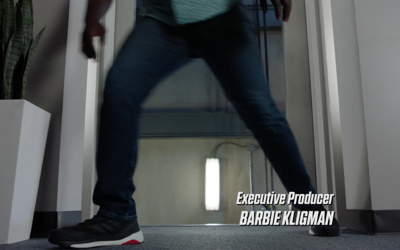 Adidas Predator Tango Black Sneakers of Stephen Hill as Theodore 'T.C.' Calvin in Magnum P.I. S03E03 No Way Out (2020)