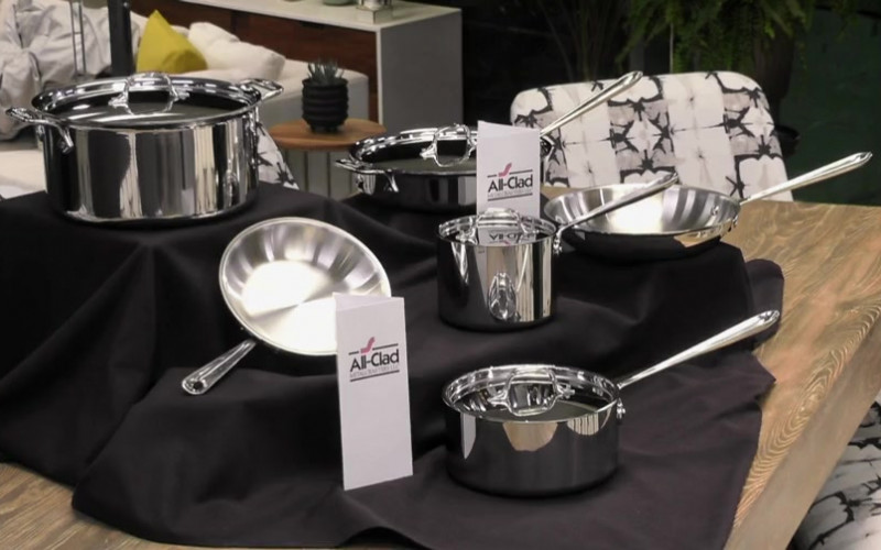 All-Clad Stainless Steel Cookware in Hell's Kitchen S19E13 (1)