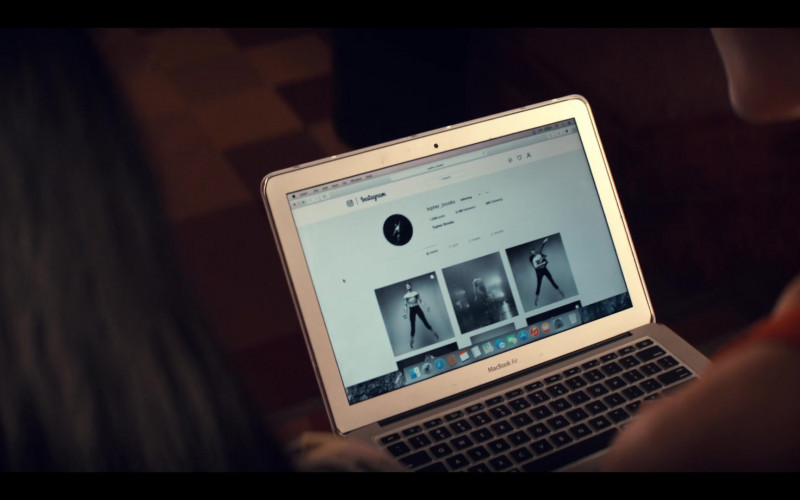 Apple MacBook Air and Instagram Website in Tiny Pretty Things S01E08 Relevé (2020)