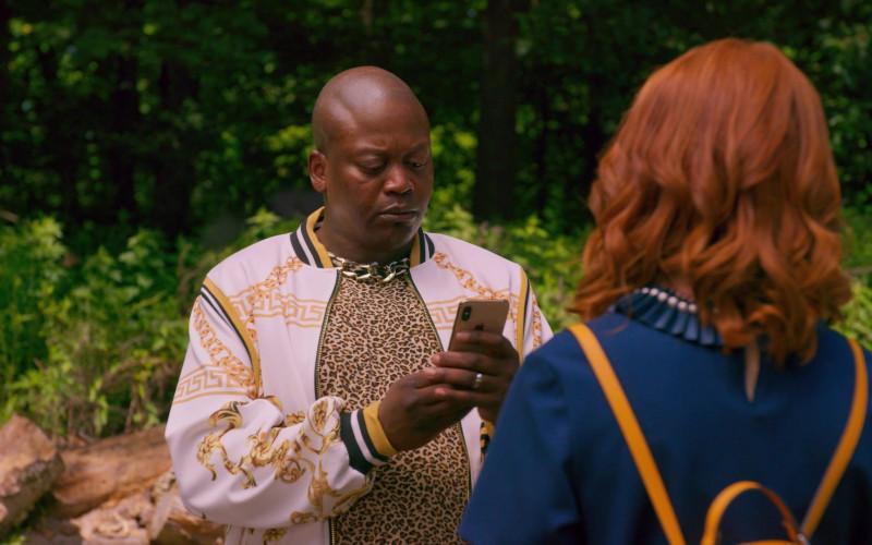 Apple iPhone Smartphone of Tituss Burgess as Titus Andromedon in Unbreakable Kimmy Schmidt Kimmy vs the Rever
