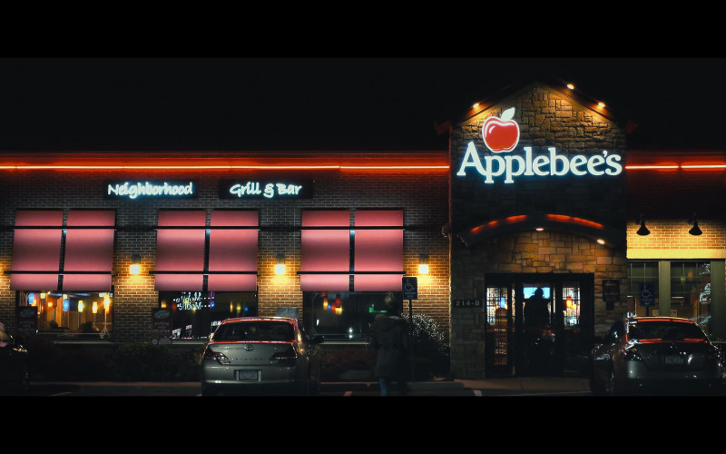 Applebee's Restaurant in The Prom Movie (1)