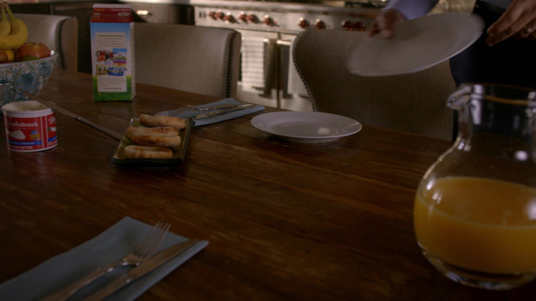 Breakstone's Butter in Cobra Kai S01E04 (1)