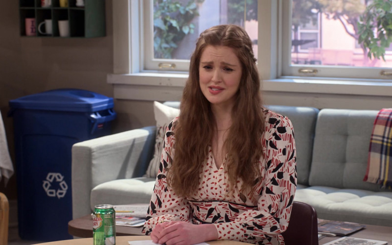 Canada Dry Drink Can of Maggie Geha as Abby Spencer in Mr. Iglesias S03E04