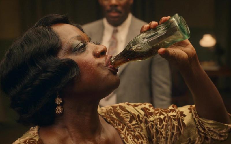 Coca-Cola Soda Enjoyed by Viola Davis as Ma Rainey in Ma Rainey's Black Bottom (1)