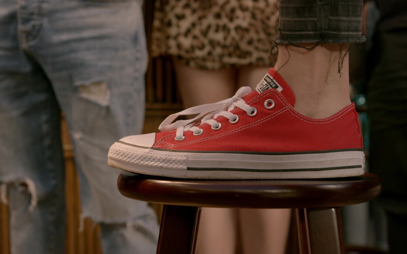 Converse All Star Red Shoes of Peyton List as Tory Nichols in Cobra Kai S02E09 (1)