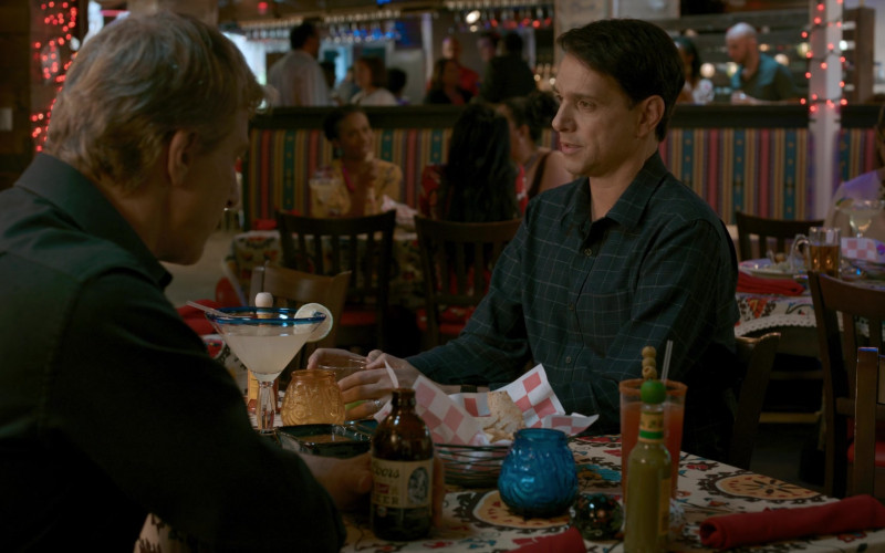 Coors Banquet Beer Drunk by William Zabka as Johnny Lawrence in Cobra Kai S02E09 Pulpo (1)