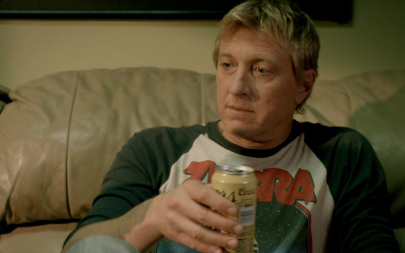 Coors Banquet Beer of William Zabka as Johnny Lawrence in Cobra Kai S02E08 (1)