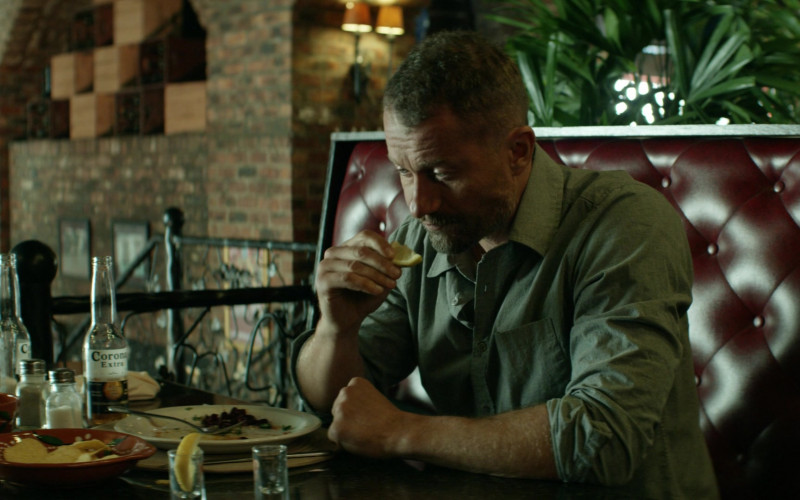 Corona Extra Beer Enjoyed by James Badge Dale as James Lasombra in The Empty Man (2020)