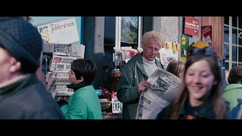 Daily Mirror Newspaper in On Her Majesty's Secret Service (1969)