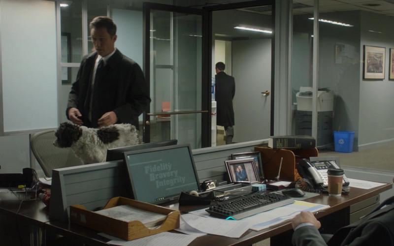 Dell Monitor of Robert Patrick as Sam Baker in Honest Thief (2020)