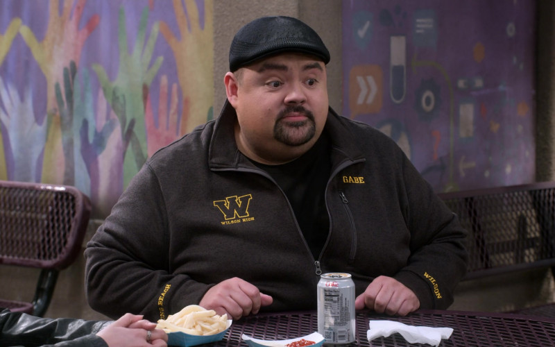 Diet Coke Soda Can of Gabriel Iglesias in Mr. Iglesias S03E04 (2)